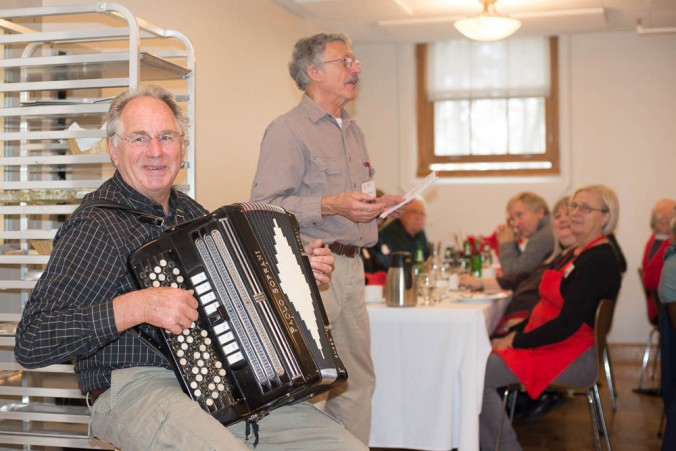 Master of Ceremonies Erik Bruun and Accordion Master Svend Petersen