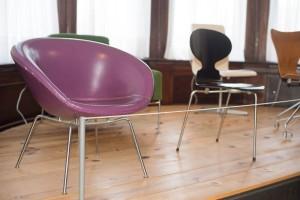 "Arne Jacobsen's Purple ""Pot Chair™ (1959)"